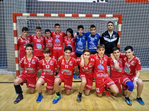 37 - 43 Frioes XXI mantiene el liderato con una nueva victoria en Palencia