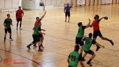 25-31 UBU San Pablo Burgos suma sus primeros puntos con facilidad en su visita a Bm. Cuatro Valles
