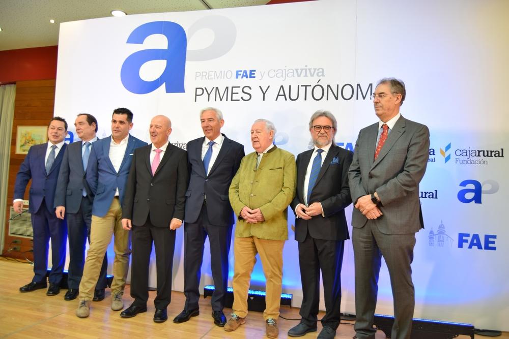 PREMIOS FAE Y CAJAVIVA PYMES Y AUTÓNOMOS 2018