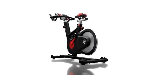 Cómo interpretar tus entrenamientos por potencia en ciclismo indoor con las Tomahawk